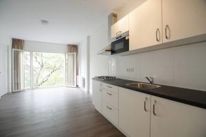 Bekijk appartement te huur in Rotterdam 1e Middellandstraat, € 745, 36m2 - 380269. Geïnteresseerd? Bekijk dan deze appartement en laat een bericht achter!