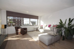 View apartment for rent in Rotterdam Honingerhof, € 1595, 115m2 - 372066. Interested? check out this apartment and leave a message!