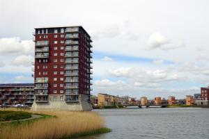 Bekijk appartement te huur in Heerhugowaard Dampkring, € 950, 98m2 - 374169. Geïnteresseerd? Bekijk dan deze appartement en laat een bericht achter!