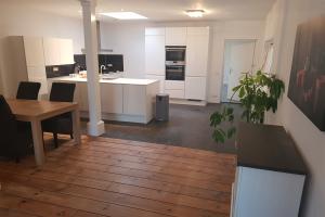 Bekijk appartement te huur in Utrecht Detmoldstraat, € 1299, 95m2 - 351552. Geïnteresseerd? Bekijk dan deze appartement en laat een bericht achter!