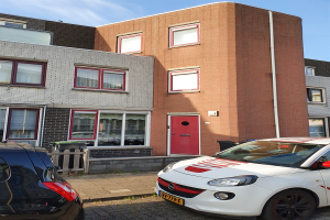 View house for rent in Schiedam De Velden, € 1500, 130m2 - 391514. Interested? check out this house and leave a message!