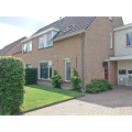 View house for rent in Eelde Ruskenstukken, € 1250, 153m2 - 369988. Interested? check out this house and leave a message!
