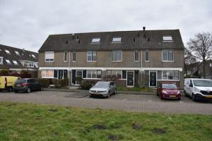 Bekijk woning te huur in Zaandam I. Dammanstraat, € 1250, 114m2 - 361356. Geïnteresseerd? Bekijk dan deze woning en laat een bericht achter!