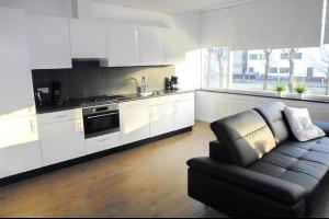 Bekijk appartement te huur in Eindhoven Veldmaarschalk Montgomerylaan: Gemeubileerd Appartement - € 1350, 72m2 - 328314