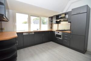 Bekijk appartement te huur in Bussum Huizerweg, € 1190, 124m2 - 374512. Geïnteresseerd? Bekijk dan deze appartement en laat een bericht achter!
