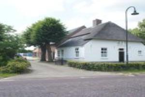 Bekijk woning te huur in Veldhoven Zandoerle, € 1600, 200m2 - 358674. Geïnteresseerd? Bekijk dan deze woning en laat een bericht achter!