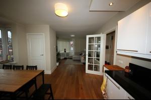 Bekijk appartement te huur in Den Haag Vreeswijkstraat, € 995, 150m2 - 290431. Geïnteresseerd? Bekijk dan deze appartement en laat een bericht achter!
