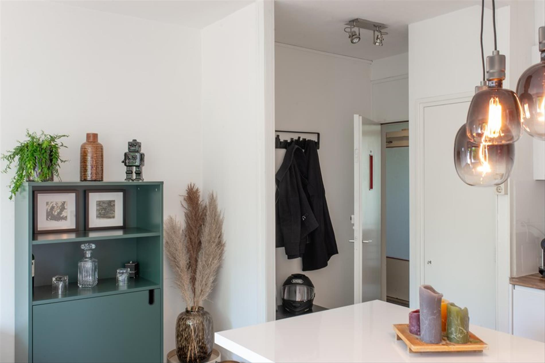 Te huur: Appartement Van Nijenrodeweg, Amsterdam - 2