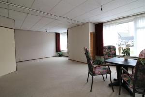 Te huur: Appartement Burgemeester Triezenbergstraat, Ten Boer - 1