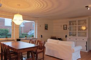 Te huur: Appartement Frits Diepenlaan, Den Haag - 1