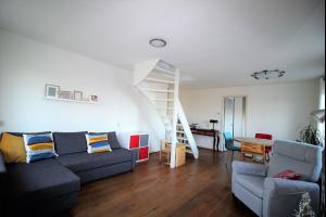 Bekijk appartement te huur in Amsterdam Willem de Zwijgerlaan, € 1650, 80m2 - 333131. Geïnteresseerd? Bekijk dan deze appartement en laat een bericht achter!