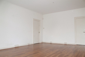 View room for rent in Den Haag Dr. Kuyperstraat, € 795, 32m2 - 384241. Interested? check out this room and leave a message!