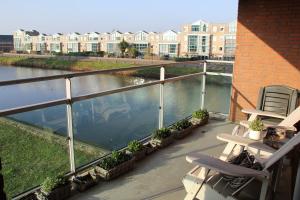 Bekijk appartement te huur in Hellevoetsluis Waterlinze, € 1300, 100m2 - 358689. Geïnteresseerd? Bekijk dan deze appartement en laat een bericht achter!