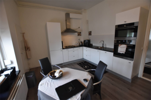 View apartment for rent in Kerkrade Hoofdstraat, € 900, 153m2 - 396159. Interested? check out this apartment and leave a message!