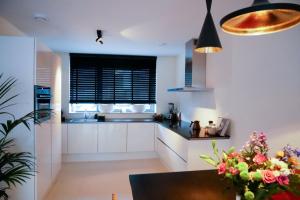Bekijk woning te huur in Haarlem Hannie Schaftstraat, € 1850, 125m2 - 382842. Geïnteresseerd? Bekijk dan deze woning en laat een bericht achter!