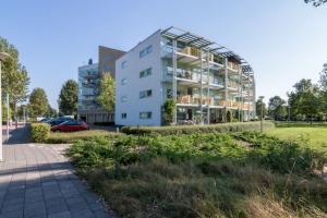 Bekijk appartement te huur in Amstelveen Felix de Nobelhof, € 1650, 95m2 - 393145. Geïnteresseerd? Bekijk dan deze appartement en laat een bericht achter!