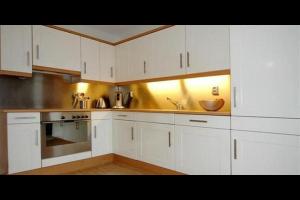 Bekijk appartement te huur in Den Haag Hoge Prins Willemstraat, € 1250, 90m2 - 298106. Geïnteresseerd? Bekijk dan deze appartement en laat een bericht achter!