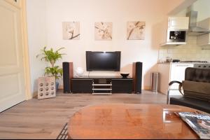 Bekijk appartement te huur in Dordrecht Koninginnestraat, € 1150, 240m2 - 280887. Geïnteresseerd? Bekijk dan deze appartement en laat een bericht achter!