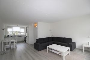 Bekijk woning te huur in Amsterdam Elpermeer, € 1750, 135m2 - 367613. Geïnteresseerd? Bekijk dan deze woning en laat een bericht achter!