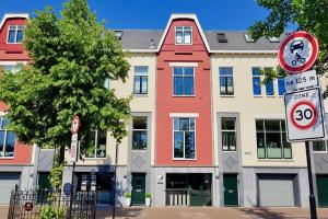Bekijk appartement te huur in Deventer Zandpoort, € 760, 75m2 - 342943. Geïnteresseerd? Bekijk dan deze appartement en laat een bericht achter!