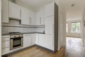 Bekijk appartement te huur in Amsterdam Van Spilbergenstraat, € 1750, 60m2 - 383992. Geïnteresseerd? Bekijk dan deze appartement en laat een bericht achter!