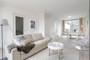 Bekijk appartement te huur in Amstelveen Amsterdamseweg, € 1350, 92m2 - 291345. Geïnteresseerd? Bekijk dan deze appartement en laat een bericht achter!