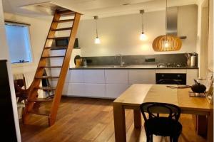 For rent: House Geuzenweg, Hilversum - 1