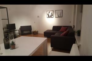Bekijk appartement te huur in Amsterdam Bos en Lommerweg, € 1600, 50m2 - 293241. Geïnteresseerd? Bekijk dan deze appartement en laat een bericht achter!