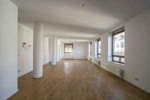 Bekijk appartement te huur in Maastricht Kanunnikencour, € 1495, 110m2 - 374605. Geïnteresseerd? Bekijk dan deze appartement en laat een bericht achter!