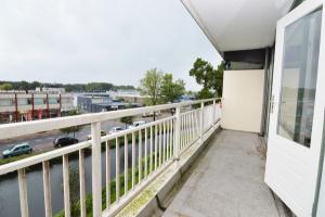 Bekijk appartement te huur in Weesp Heemraadweg, € 1165, 74m2 - 381835. Geïnteresseerd? Bekijk dan deze appartement en laat een bericht achter!