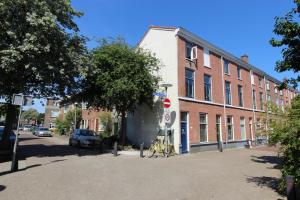 Bekijk appartement te huur in Utrecht Lombokstraat: Leuk gemeubileerd 2-kamer appartement dichtbij CS!  - € 1050, 45m2 - 347120