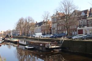 Bekijk woning te huur in Groningen Lopendediep: Mooie woonboot te huur in het centrum van Groningen - € 995, 80m2 - 295831