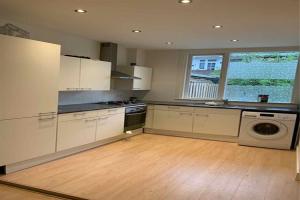 For rent: Apartment Damasstraat, Den Haag - 1
