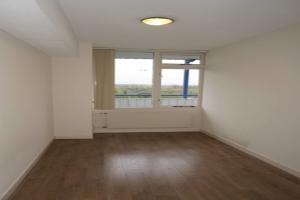 Bekijk kamer te huur in Delft M.t. Braaklaan, € 350, 10m2 - 354079. Geïnteresseerd? Bekijk dan deze kamer en laat een bericht achter!