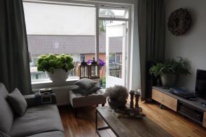 Bekijk appartement te huur in Hilversum Van Brakellaan, € 1150, 63m2 - 370848. Geïnteresseerd? Bekijk dan deze appartement en laat een bericht achter!