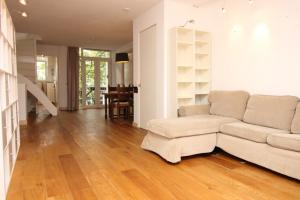 Bekijk appartement te huur in Amsterdam Bankastraat, € 1800, 80m2 - 372369. Geïnteresseerd? Bekijk dan deze appartement en laat een bericht achter!