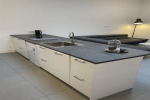 For rent: Apartment Breedstraat, Zuidland - 1