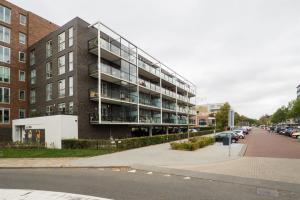Bekijk appartement te huur in Bilthoven Melkweg: Leuk gemeubileerd  3-kamerappartement met balkon en PP!  - € 1195, 75m2 - 358708