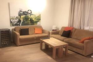 Bekijk appartement te huur in Leiden L. Rijndijk, € 1395, 92m2 - 359295. Geïnteresseerd? Bekijk dan deze appartement en laat een bericht achter!
