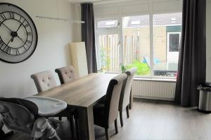 Bekijk woning te huur in Alkmaar Cataloniestraat, € 1300, 110m2 - 397460. Geïnteresseerd? Bekijk dan deze woning en laat een bericht achter!
