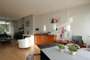Bekijk appartement te huur in Arnhem Graslaan, € 1050, 110m2 - 345747. Geïnteresseerd? Bekijk dan deze appartement en laat een bericht achter!
