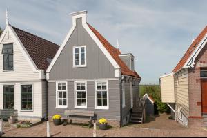 Bekijk woning te huur in Amsterdam Durgerdammerdijk, € 2750, 130m2 - 322913. Geïnteresseerd? Bekijk dan deze woning en laat een bericht achter!