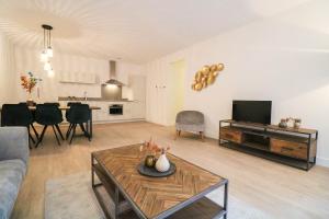 Bekijk appartement te huur in Den Haag 1e Lulofsdwarsstraat, € 1150, 80m2 - 386010. Geïnteresseerd? Bekijk dan deze appartement en laat een bericht achter!