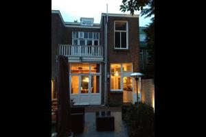 Bekijk woning te huur in Rijswijk Zh Prins Hendriklaan, € 2150, 196m2 - 319781. Geïnteresseerd? Bekijk dan deze woning en laat een bericht achter!