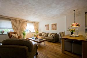 Bekijk appartement te huur in Eindhoven Aalsterweg: Gemeubileerd Appartement - € 1150, 100m2 - 345490