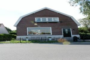 Bekijk woning te huur in Watergang Kanaaldijk, € 1400, 90m2 - 365361. Geïnteresseerd? Bekijk dan deze woning en laat een bericht achter!