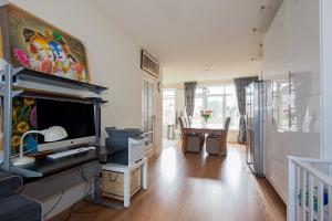 Te huur: Appartement Van Blommesteynweg, Rotterdam - 1