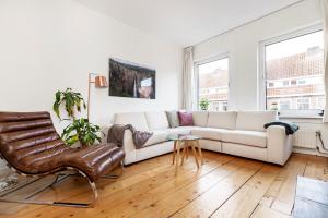 Bekijk studio te huur in Amsterdam Leimuidenstraat, € 2200, 150m2 - 380266. Geïnteresseerd? Bekijk dan deze studio en laat een bericht achter!