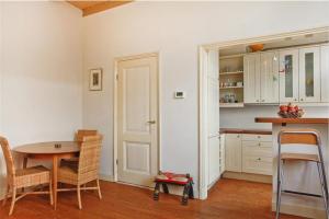 Bekijk appartement te huur in Utrecht Vlasstraat, € 1150, 65m2 - 394005. Geïnteresseerd? Bekijk dan deze appartement en laat een bericht achter!