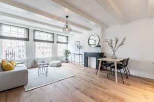 Bekijk appartement te huur in Amsterdam Singel, € 1800, 50m2 - 333157. Geïnteresseerd? Bekijk dan deze appartement en laat een bericht achter!